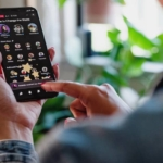 Facebook、Live Audio Rooms と Podcasts 機能を一部の米国ユーザーに提供開始